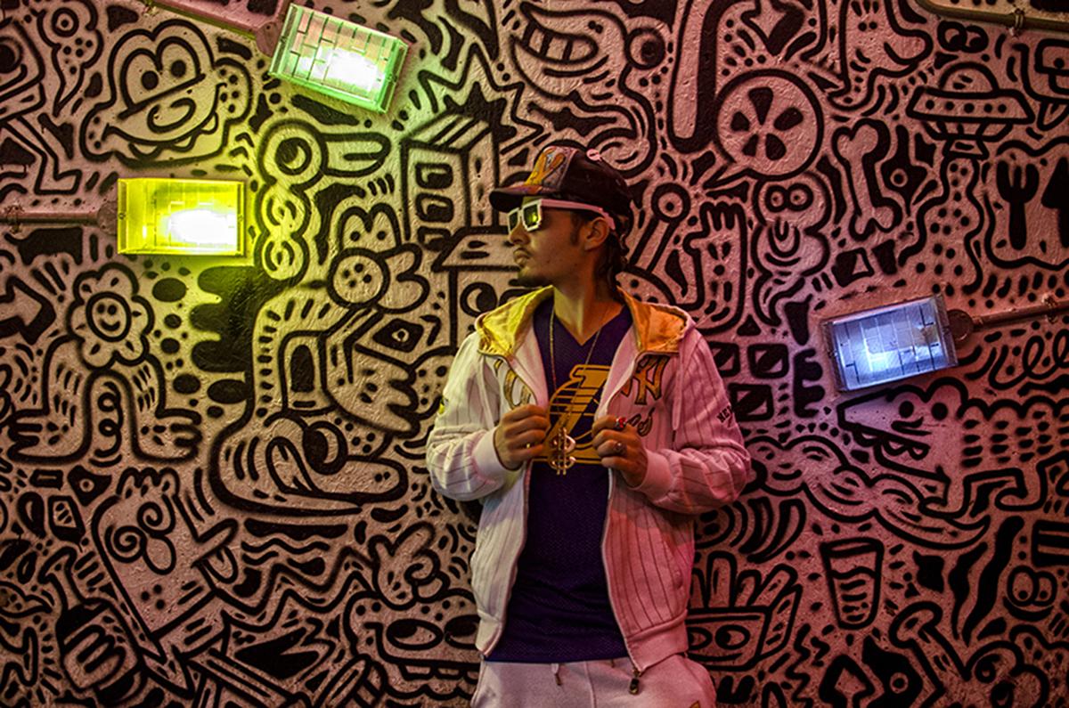 Il rapper beneventano Dany Trex ritratto a Shoreditch ( Londra )