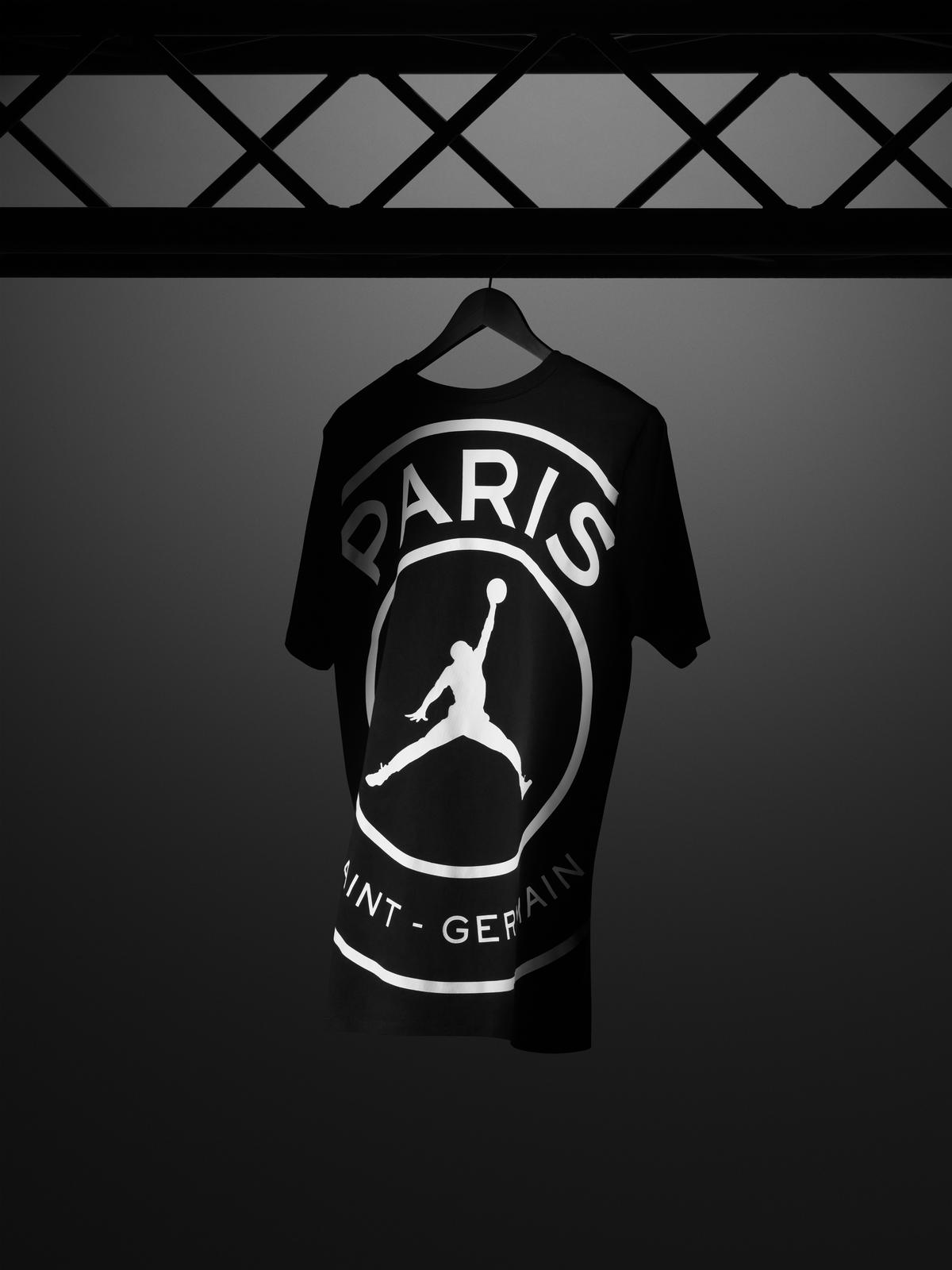 Jordan_Brand__Paris_Saint-Germain_as_its_First-Ever_Football_Club_Soccer_15_81725