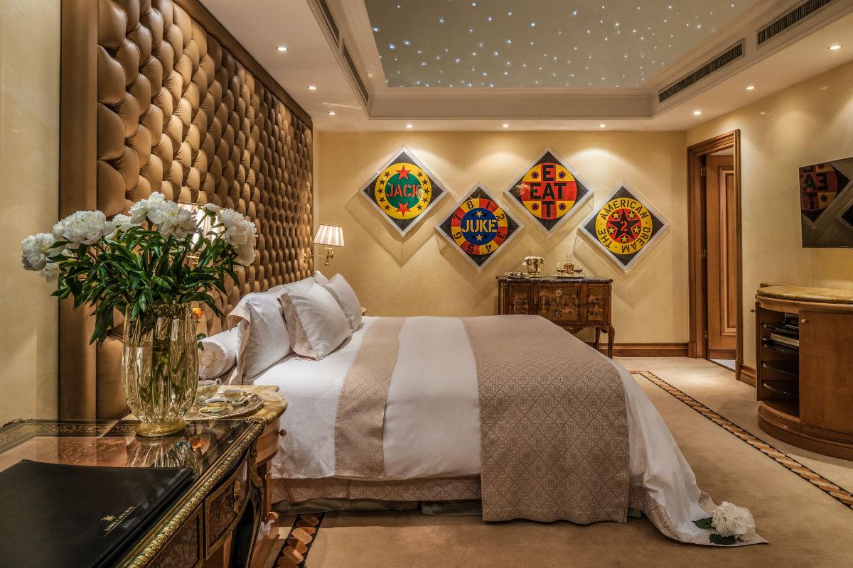 Planetarium-Suite-bedroom