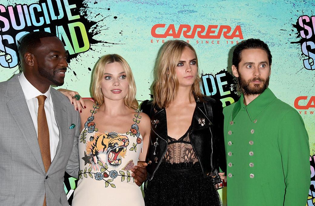 Adewale Akinnuoye-Agbaje, Margot Robbie, Cara Delevingne e Jared Leto