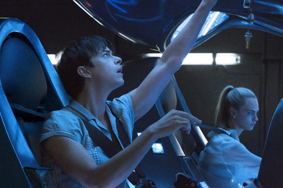 Dane DeHaan e Cara Delevignge nel nuovo film di Luc Besson 'Valerian e la città dei mille pianeti'