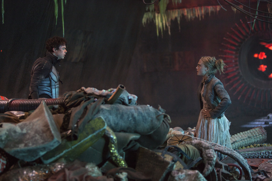 Dane DeHaan e Cara Delevignge 'Valerian e la città dei mille pianeti'