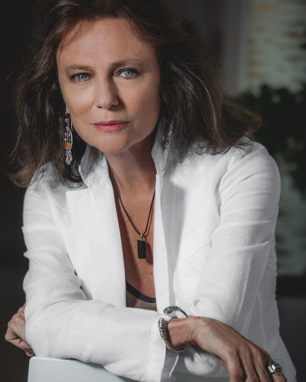 Jacqueline Bisset - Make up Armani Beauty