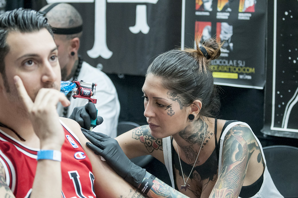 "<a href=""http://www.veneziainternationaltattooconvention.com/"" target=""_blank"">Foto Venezia International Tattoo Convention</a>"