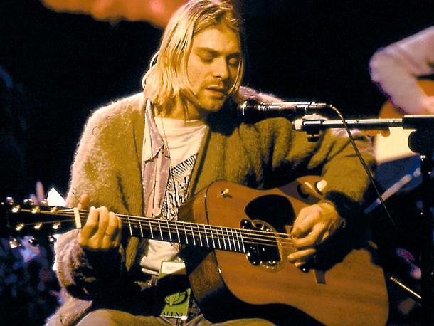 Cobain durante lo storico Unplugged di MTV