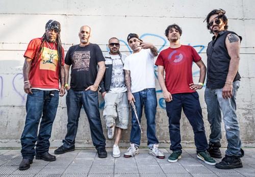 Gli Asian Dub Foundation, foto stampa di Umberto Lopez