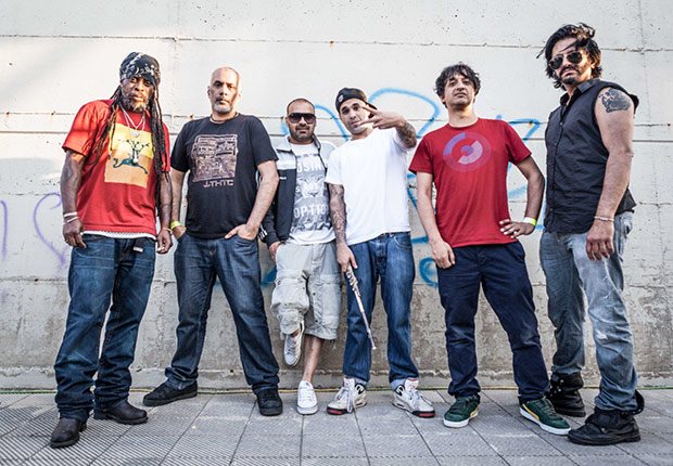 Gli Asian Dub Foundation, foto stampa di Umberto Lopez