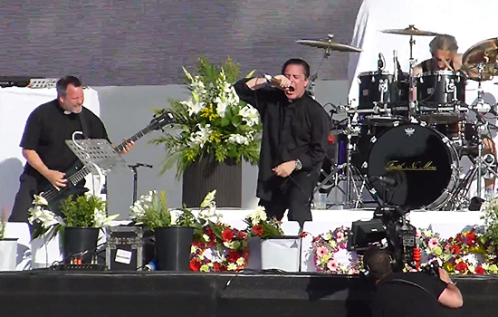 I Faith No More presentano due inediti dal vivo