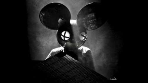 Deadmau5 durante uno dei suoi live set