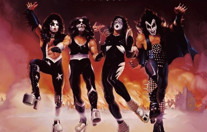 """La copertina di """"Destroyer"""", quarto album dei Kiss (correva l'anno 1976)"""