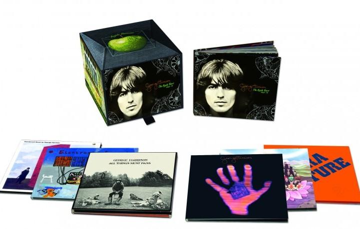Il cofanetto dedicato a George Harrison, leggendario chitarrista solista dei Beatles (25 febbraio 1943 - 29 novembre 2001)