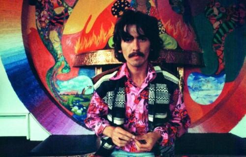 George Harrison, leggendario chitarrista solista dei Beatles (25 febbraio 1943 - 29 novembre 2001)