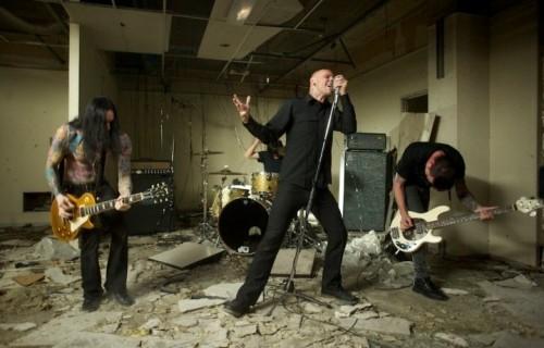 I Living Dead Lights, con il nuovo cantante Brandon Thomas
