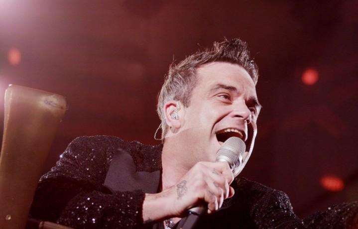 Robbie Williams, 40 anni, cantante, attore occasionale e guru