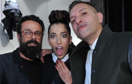 Nina Zilli, 34 anni, insieme al batterista Sergio Carnevale (Bluvertigo) e Alioscia Bisceglia (Casino Royale) all'inaugurazione dello store di G-Star RAW a Milano