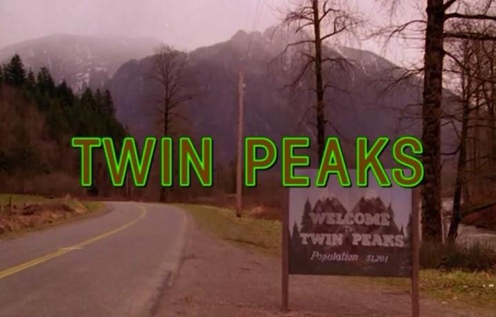 """La prima inquadratura della storica serie tv """"Twin Peaks"""""""