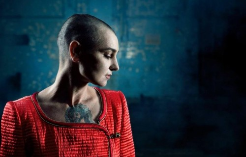 "Sinead O'Connor ha 49 anni. Il suo ultimo album si chiama ""I'm Not Bossy, I'm the Boss"""