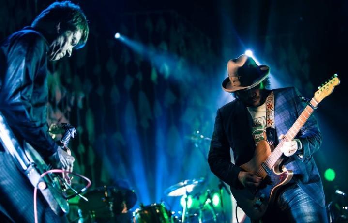 Gli Wilco hanno festeggliato 20 anni suonando in tv da Jimmy Fallon. Era il 13 novembre del 2014