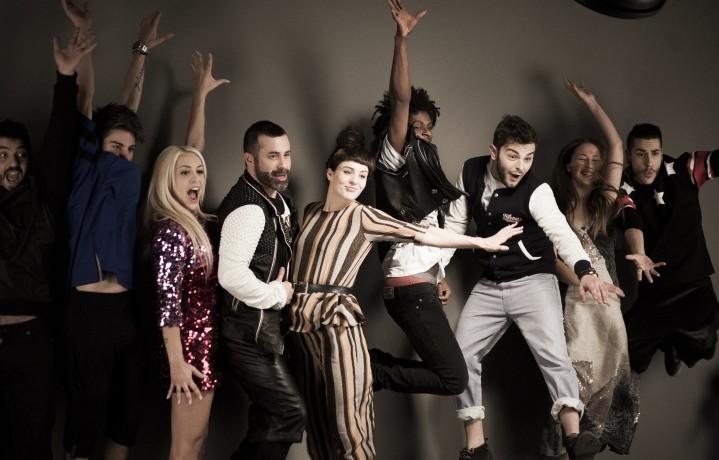 La reazione dei concorrenti di X Factor 8 all'annuncio di chi sarà il nuovo giudice della categoria gruppi dopo la plateale uscita di scena di Morgan (foto: Natasha Panattoni)