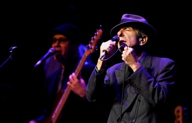 Leonard Cohen è nato nel 1934 a Montreal, in Canada