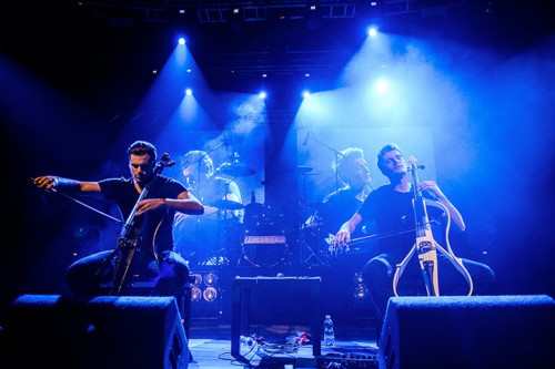 2Cellos, le foto del live al Fabrique, Milano