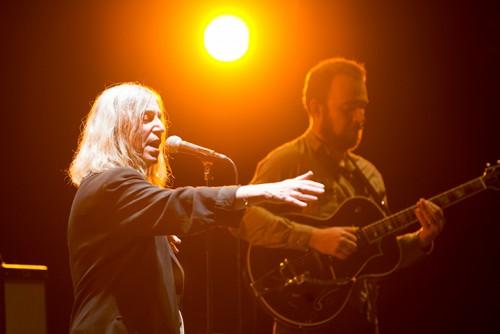 'The (Patti) Smiths' il tour acustico della 'sacerdotessa' in Italia. Ecco le foto del concerto ad Udine