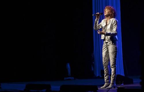 Fiorella live, le foto del tour della Mannoia che sbarca a Milano