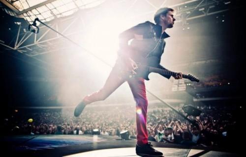 Matthew Bellamy, 36 anni, dei Muse, in concerto all'Amsterdam Arena
