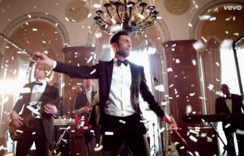 "I Maroon 5 nel video di ""Sugar"""