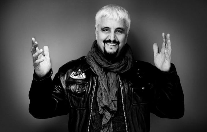 Pino Daniele ritratto da Giovanni Gastel per Rolling Stone il 13 novembre
