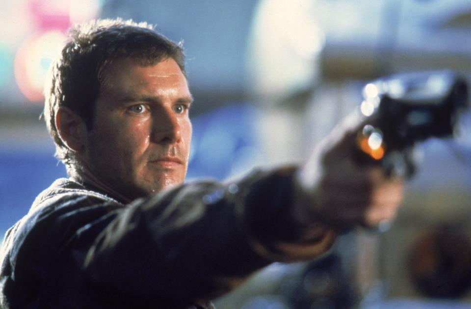 "Rick Deckard in una scena del film ""Blade Runrer"""