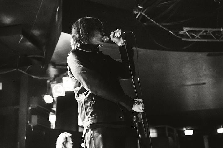 Mark Lanegan è Italia con la sua band per presentare