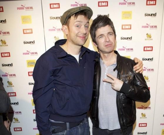 Albarn dei Blur e Gallagher amiconi ai BRIT Awards del 2012.
