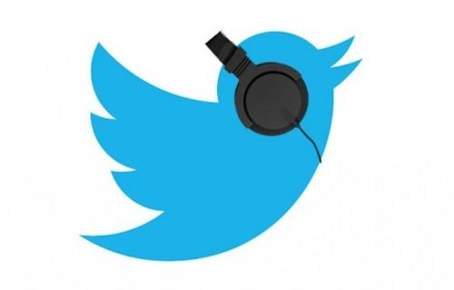 Twitter pompa nelle cuffie