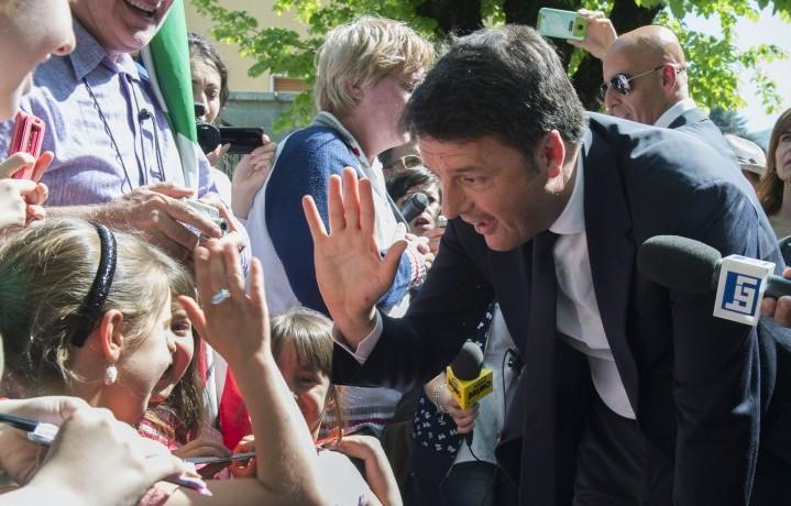 Il Presidente del Consiglio Matteo Renzi, 40 anni, al Sacrario dei caduti di Marzabotto (Bologna)