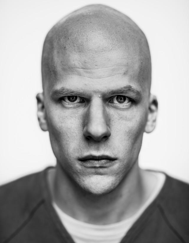 Jesse Eisenberg in versione Lex Luthor nel cast oltre a Ben Affleck, Henry Cavill, Amy Adams e Diane Lane