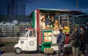 Alcuni partecipanti all'edizione romana dello Streeat Food Truck