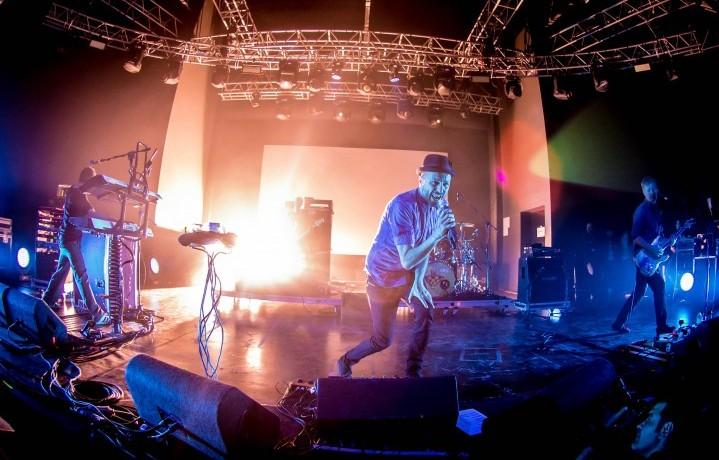 I Subsonica durante il concerto esclusivo di Beck's UNacademy il 13 aprile scorso. Al via la seconda parte della competizione