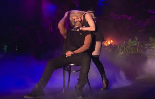 Madonna che limona con Drake. Foto: YouTube