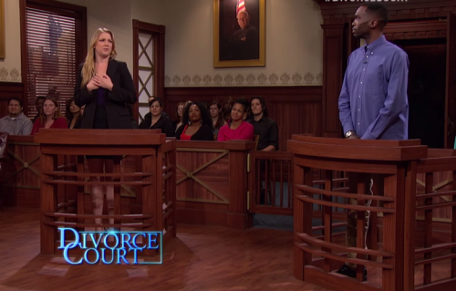 """Un fotogramma della trasmissione """"Divorce Court""""."""
