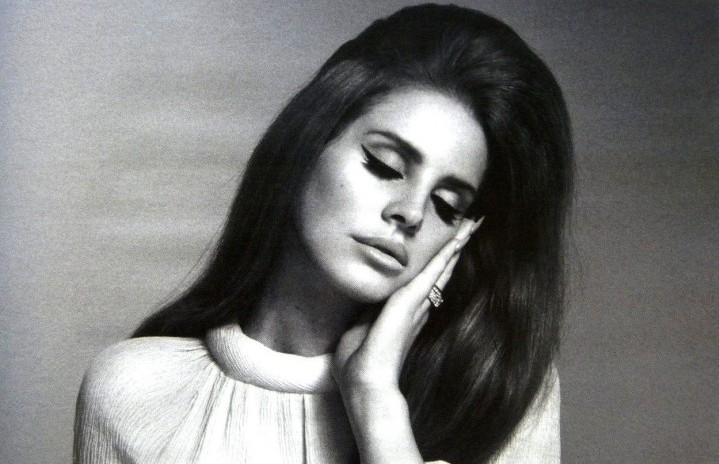 Lana del Rey, foto via Facebook
