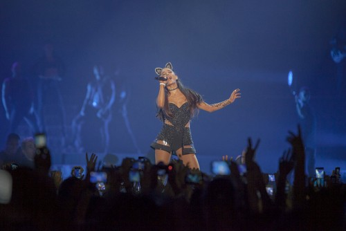 Ariana Grande, Honeymoon Tour, 2015, maggio, Milano, Forum di Assago, live, concerto, foto gallery, Ikka Mirabelli, The Voice, Italia Uno