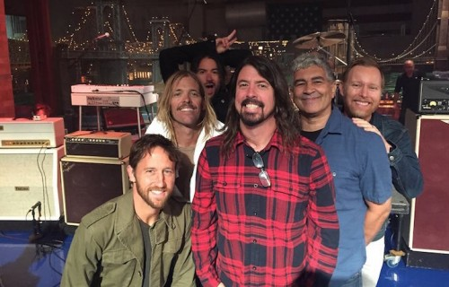 I Foo Fighters prima dell'ultima puntata del Late Show. Fonte: Facebook