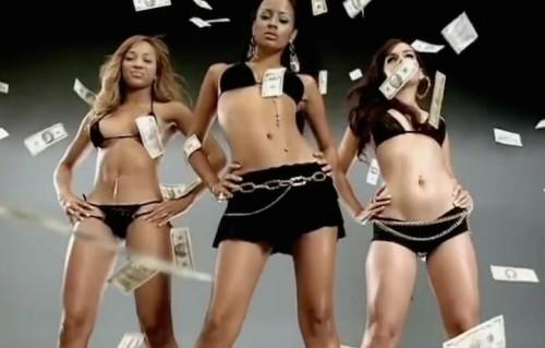 "Una scena del video ""Make it rain"" di Fat Joe feat. Lil Wayne"