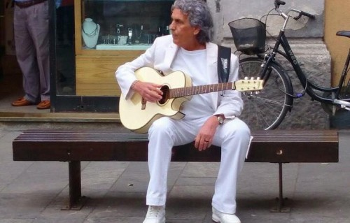 Toto Cutugno durante le riprese del video. Fonte: Facebook