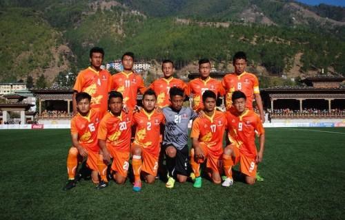 La formazione del Bhutan prima del match con lo Sri Lanka. Foto: James Montague