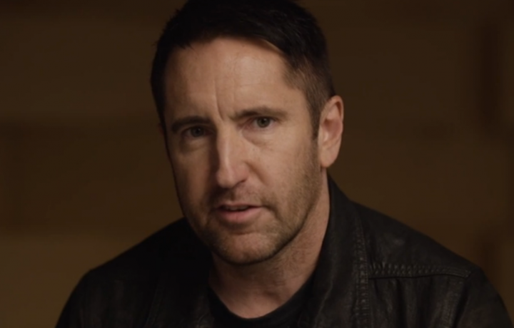 Trent Reznor è nato nel 1965. Nel 1988 ha fondato i Nine Inch Nails e attualmente collabora con Apple Music