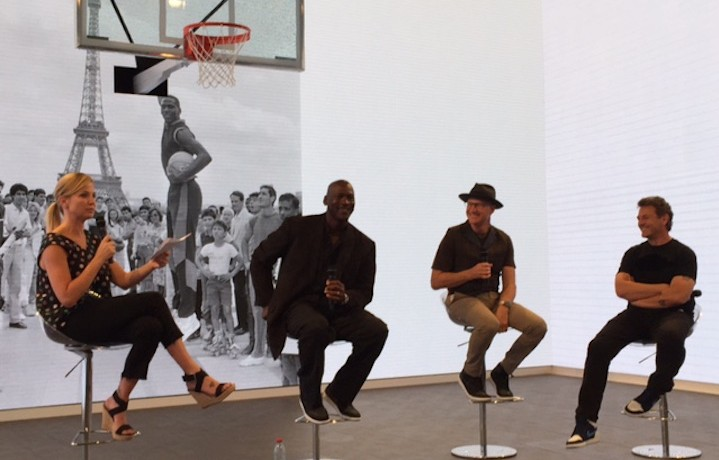 """Da destra: Mark Smith, Tinker Hatfield e """"Sua Maestà Dell'Aria"""" in persona Michael Jordan - Foto di Ghemon"""