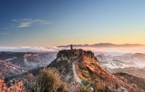 Civita di Bagnoregio si trasforma nella città incantata per un fine settimana