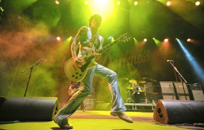 The Darkness sul palco di Pistoia Blues il 18 luglio scorso